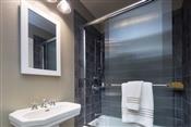 Medicine Cabinets/Mirrors